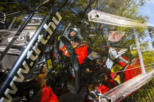 A Citroën Rally Team Hungary versenyzői egy lépéssel közelebb a dobogóhoz!